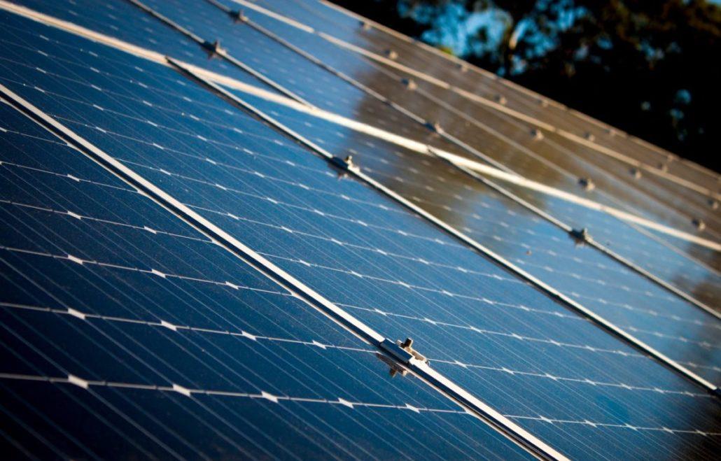 panneaux_solaires_cellules_monocristallins-1200x768